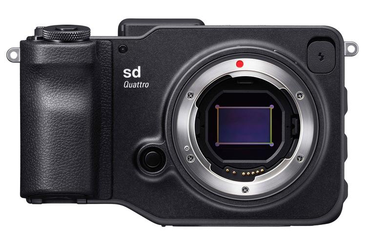 Компания Sigma назвала цену и сроки начала продаж беззеркальной камеры sd Quattro