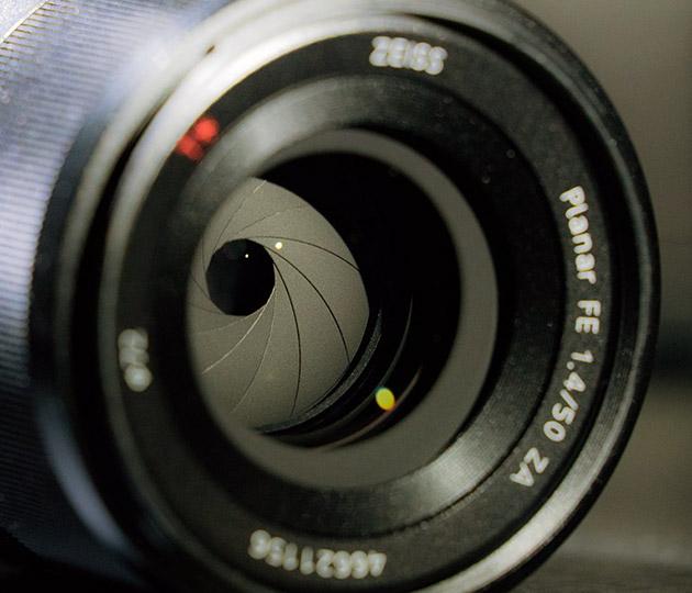 Компания Sony объявила о выходе фикс-объектива Planar T* FE 50mm F1.4 ZA