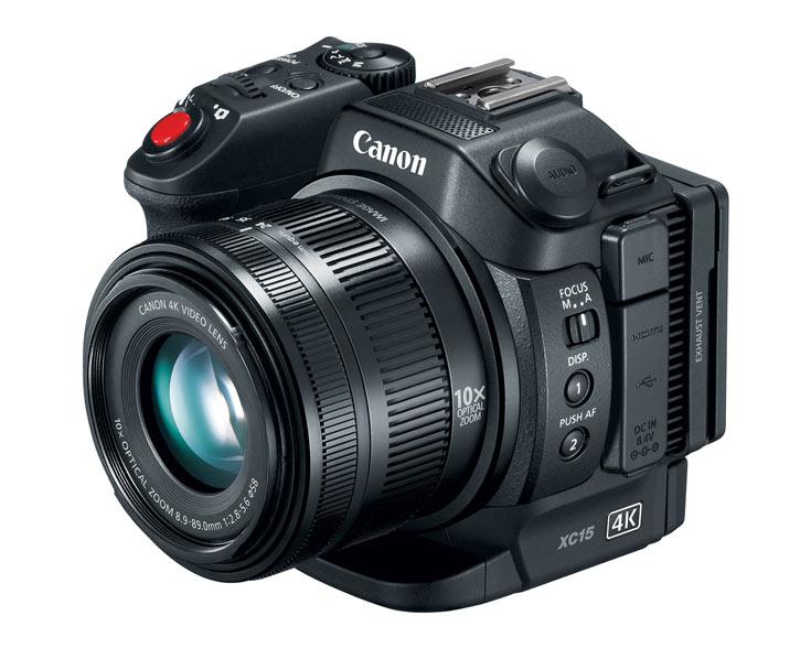 Компания Canon объявила о выпуске компактной видеокамеры XC15