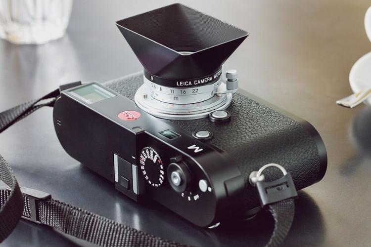 На смену старой модели с резьбой Leica предложила объектив Summaron-M 28mm f/5,6