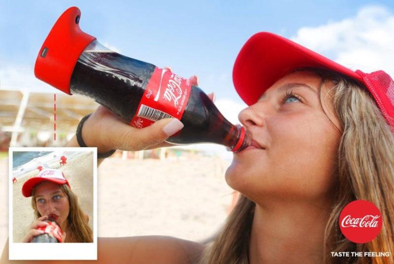 Создана селфи- камера в виде бутылки Coca-Cola