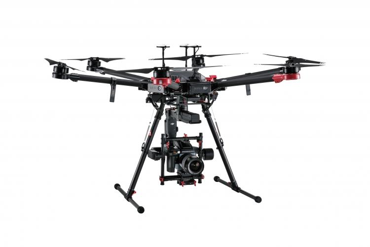 DJI и Hasselblad представили установку в форме дрона M600 Pro с камерой, которая может делать 100-мегапиксельные фотографии