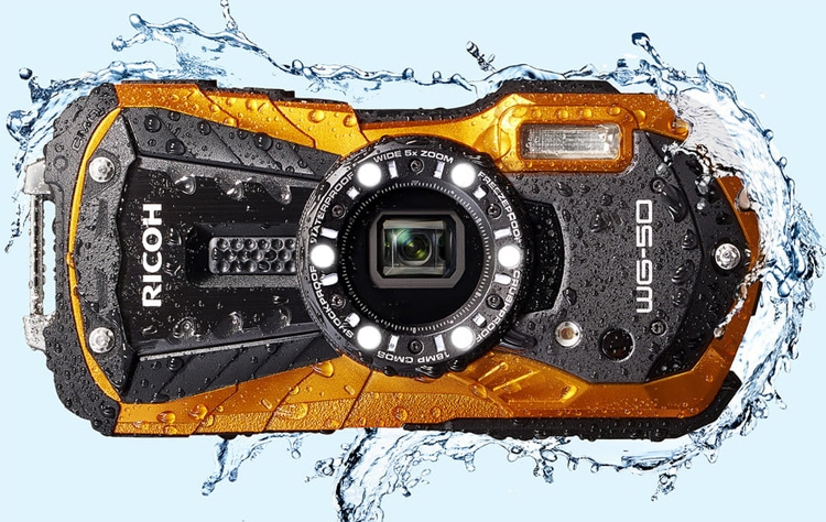 Фотокамера Ricoh WG-50 не боится погружений под воду на глубину до 14 метров