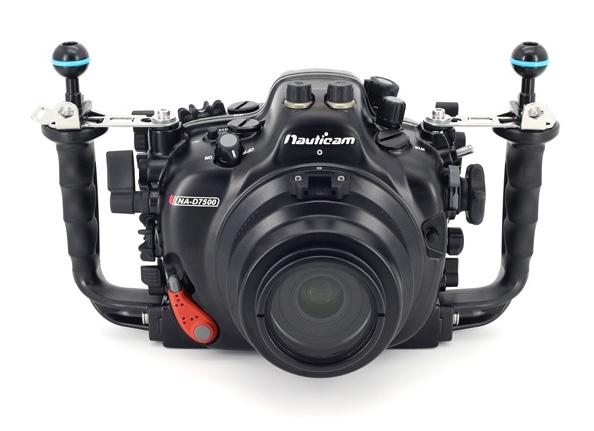 Nikon D7500 получила аквабокс Nauticam NA-D7500