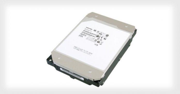 Toshiba показала первый HDD на 14ТБ