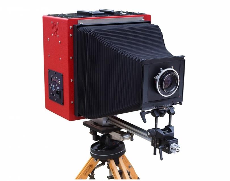 Широкоформатная цифровая камера LargeSense LS911 ценой в 106 тысяч долларов