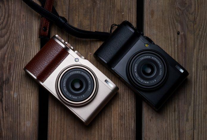 Fujifilm XF10 — компакт с широкоугольным объективом и большим датчиком
