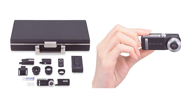 15 лет назад Sony представила цифровую миниатюрную QUALIA 016
