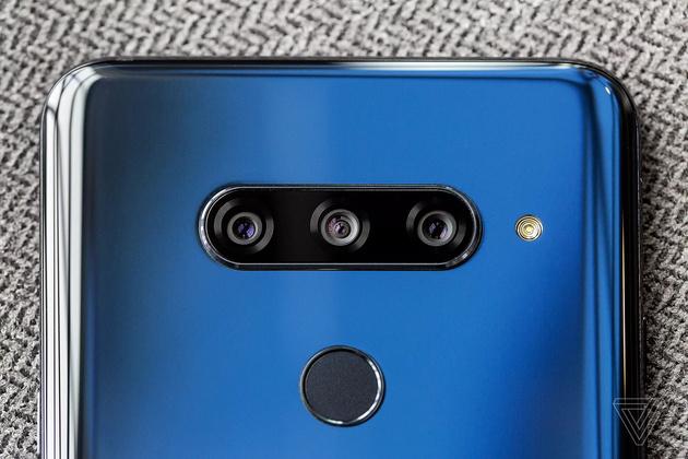 5 камер в смартфоне: в LG V40 — это стало реальным