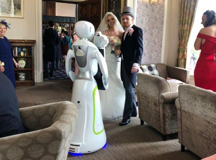 Робот фотограф на вашу свадьбу