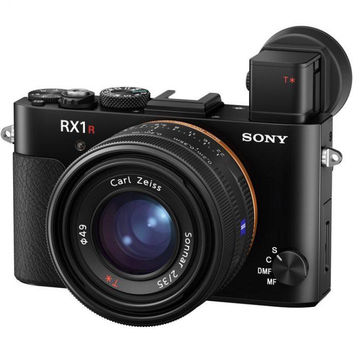 Следующей камерой, что анонсирует Sony, будет — RX1R III