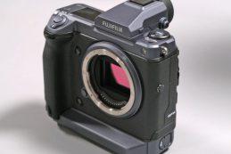 Список характеристик Fujifilm GFX 100 попал в сеть