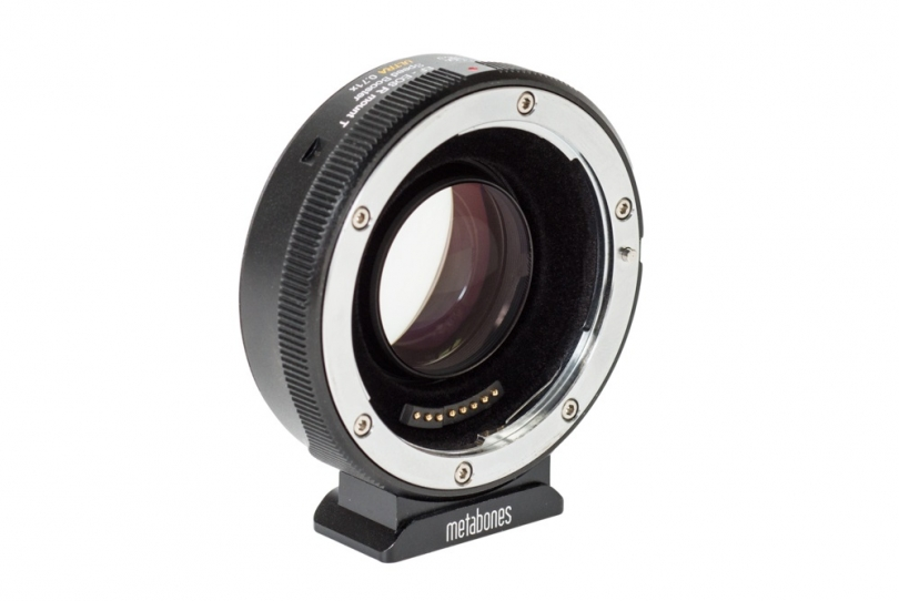Адаптер EF-RF Speed Booster ULTRA 0.71x от Metabones для системы RF и оптики EF