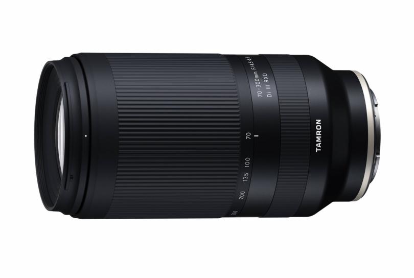 Tamron 70-300mm f/4.5-6.3 Di III RXD — уже в продаже