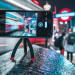 Joby StandPoint — чехол со встроенным штативом для смартфона