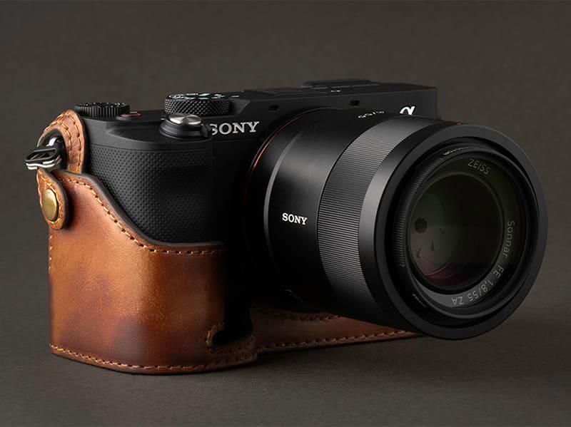 Кожаный чехол KAZA для Sony α7C