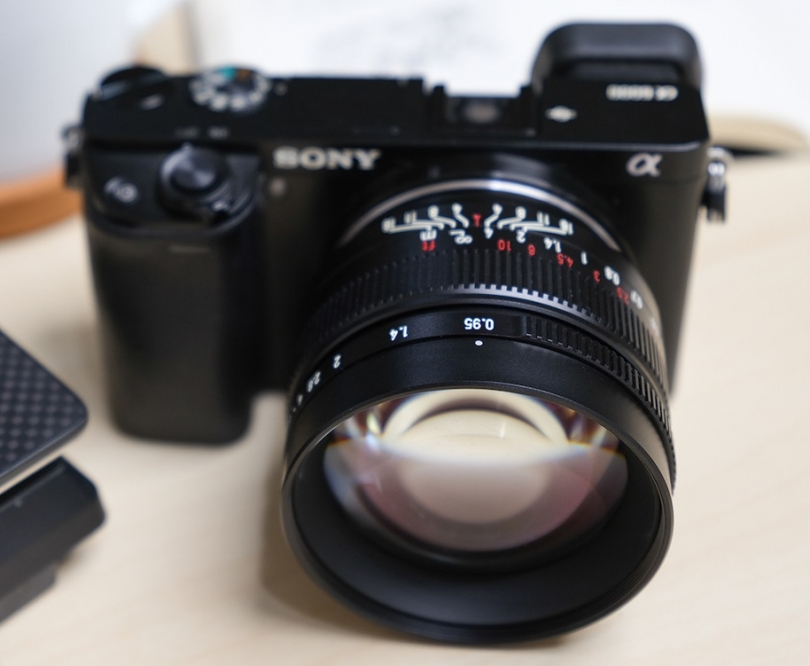 7Artisans готовит анонс объектива 50mm f/0.95